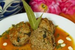 близкий meatball тарелки вверх Стоковое Фото