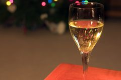 близкое стекло вверх по вину Стоковое Изображение