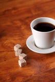 близкое чудесное кофейной чашки горячее поднимающее вверх Стоковое Изображение RF