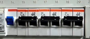 близкое fusebox вверх стоковая фотография rf