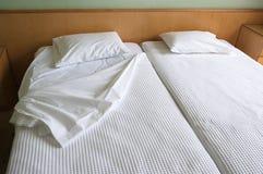 близнец кроватей стоковое изображение rf
