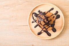 Блинчик с мороженым шоколада Стоковые Изображения