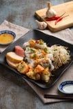 Блинчик Banh заполненный Cuon или испаренный свернутый блинчик риса Прост стоковая фотография rf