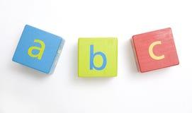 блоки строя ребенка s деревянного Стоковые Фотографии RF