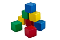блоки строя цветастую пирамидку Стоковое фото RF