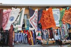 Блошинный Monastiraki в Афинах, Греции стоковые фотографии rf