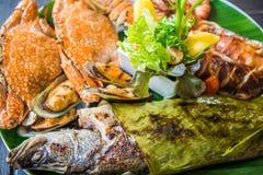 Блюдо смешанных зажаренных морепродуктов Стоковая Фотография RF