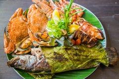 Блюдо смешанных зажаренных морепродуктов Стоковое Изображение