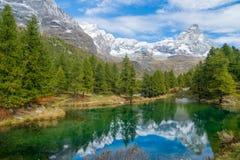 Блё Lago (Италия, Breuil-Cervenia) стоковая фотография rf