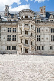 Богато украшенная лестница замка Blois Стоковая Фотография RF