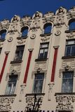 Богато украшенное здание в Риге Стоковые Фото