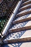 Богато украшенные лестницы или шаги в Венецию Стоковое Изображение RF