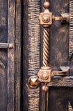 Богато украшенные чугунные элементы украшения строба металла стоковое фото