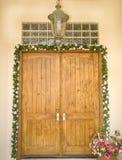 богато украшенный входа двери официально Стоковая Фотография