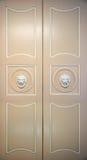 богато украшенный закрытых дверей старое Стоковое Фото