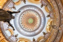 Богато украшенный купол внутри здания столицы государства, Спрингфилда, Иллинойса Стоковая Фотография RF