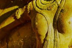 Богиня штукатурки священная с зеленым мхом Стоковые Изображения RF