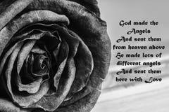 Бог посылая сообщение ангела влюбленности стоковая фотография rf