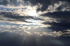 бог света в небе стоковое фото