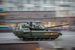 Боевой танк Armata T-14 главный русский Стоковое Изображение RF
