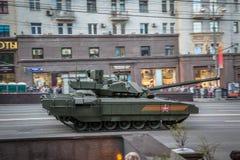 Боевой танк Armata T-14 главный русский Стоковые Изображения RF
