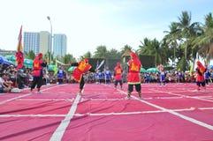 Боевые искусства человеческого шахмат в фестивале на пляже города Nha Trang Стоковая Фотография