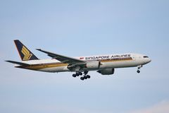 Боинг 777-212ER Стоковое Изображение
