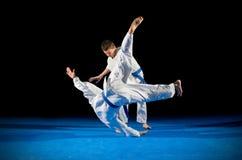 2 бойца боевых искусств мальчиков Стоковое фото RF