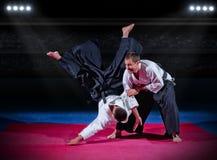 Бойцы боевых искусств на зале спорт Стоковые Фото