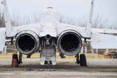 Бойцы военного самолета на авиапорте Старые decommissioned воздушные судн Авиаполе Краснодара Стоковые Изображения