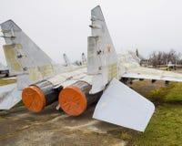 Бойцы военного самолета на авиапорте Старый decommissioned ai Стоковое Изображение RF