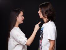 Бой молодого человека и женщины стоковая фотография