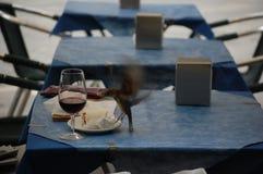 Бокал вина и воробей Стоковое Фото