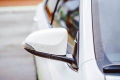 Боковая часть зеркала автомобиля Стоковые Изображения RF