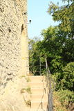 Боковой вход к стене замка Kokorin Стоковое фото RF