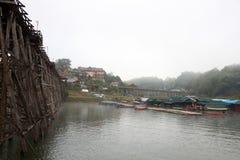 Боковой мост деревянный Стоковые Фотографии RF