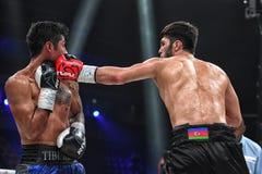 Боксеры Ramil Gadzhyiev и Bruno Sandoval воюют для названия совету бокса мира международного серебряного супер среднего веса стоковое изображение