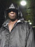 Боксер в робе с клобуком вверх Стоковое фото RF
