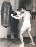 Боксер разрабатывая на спортзале Стоковое Изображение