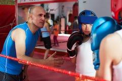 Боксер sparring на кольце Стоковые Изображения RF