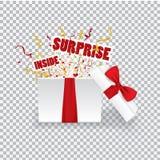 Бокс подарка сюрприза Раскрытая реалистическая подарочная коробка 3d с красными смычком и confetti Стоковые Изображения RF