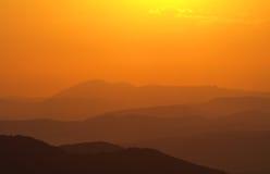 болгарские горы над заходом солнца Стоковые Изображения