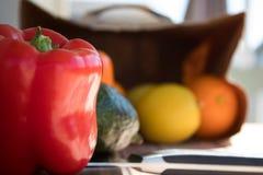Болгарские перцы, авокадо и овощи закрывают вверх Стоковые Фотографии RF