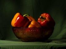 Болгарские перцы в античном стеклянном шаре Стоковая Фотография RF