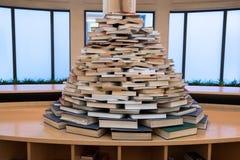 Болонья, библиотека, книги для студентов стоковое фото