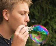 большая дуя радуга пузыря Стоковые Изображения