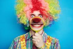 большая жизнерадостная усмешка портрета клоуна Стоковые Фото