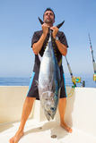 Большая задвижка туны Bluefin рыболовом Стоковые Изображения