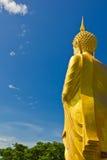Большая золотистая статуя Будды Стоковая Фотография