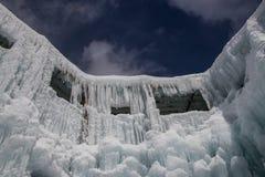 Большая ледяная скульптура стоковые изображения